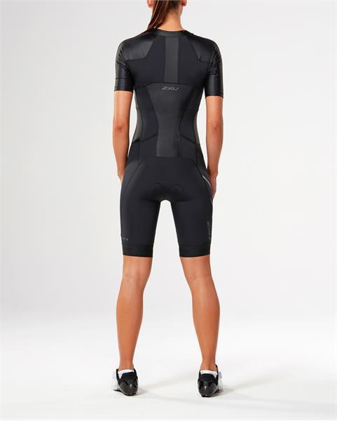 2XU moteriškas kostiumas SLEEVED trisuit (JUODA/JUODA)